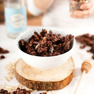 Granola Casera con Chocolate y Nueces