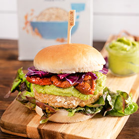 Descubre nuestras deliciosas recetas con avena Kölln. Ni te imaginas cuántos platos diferentes se pueden elaborar y/o acompañar con avena: hamburguesas, guisos, ensaladas, sopas, etc.